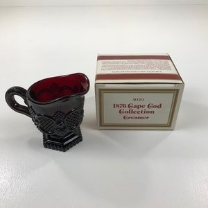 Vintage Avon 1876 Cape Cod Collection Creamer
